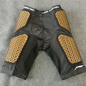 Li Ning Sponsor CBA Player Version Tight-fitting Anti-collision Shorts Men Training Against Shorts AAYG581